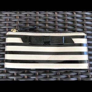 Kate Spade Patent Wallet - Full Size